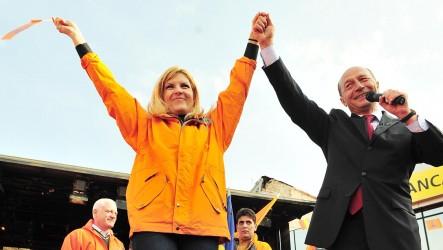 Duminică, 29 iulie 2012: Pune capăt războiului dus de Băsescu împotriva poporului român