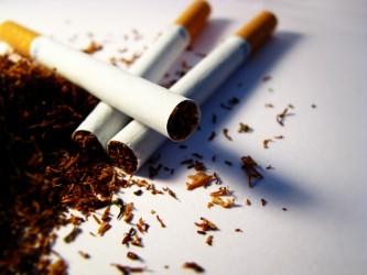 Cercetaţi pentru evaziune fiscală şi contrabandă cu ţigări