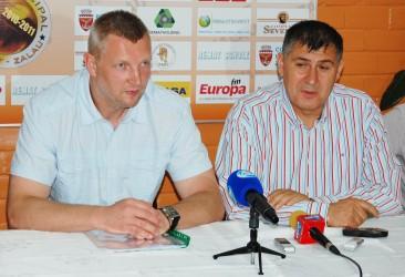 Federaţia Română de Volei a acceptat ca antrenorul Rematului să preia echipa naţională