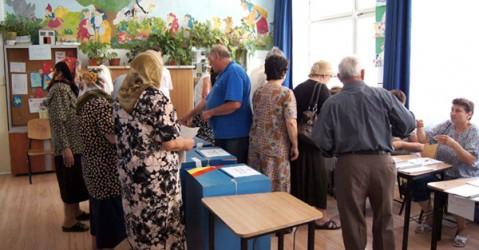 """În Sălaj: Membrii secţiilor de votare la Referendum """"înghit"""" minim 128.000 de lei"""