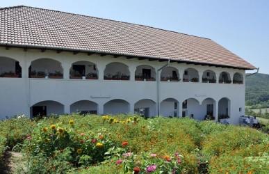 Sărbătoarea hramului la Mănăstirea din Voivodeni