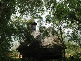 Cea mai veche biserică de lemn din Sălaj – uitată de credincioşi şi autorităţi
