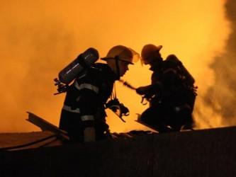 Incendiu la o gospodărie din Vîrşolţ