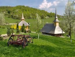 Patrimoniul cultural local, promovat de mănăstiri