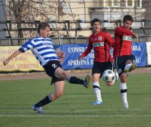 Exclusiv: FC Zalău îl pierde pe fundaşul Dragoş Surducan