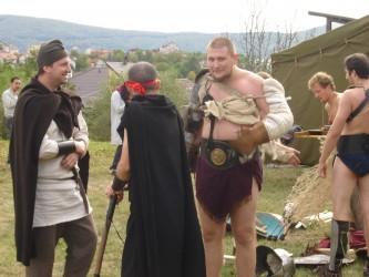 Demonstraţii de luptă şi gladiatori la Festivalul Roman