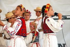 La Horoatu Crasnei, festival de dansuri