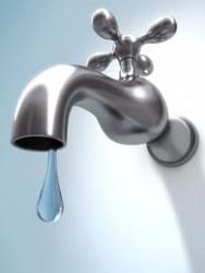 Bunurile a sute de familii sub sechestru pentru restanţele la apă