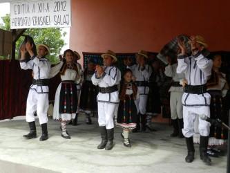 """Ansamblul """"Derşidana"""" a câştigat trofeul Festivalului """"Dor de cântec şi de joc"""""""