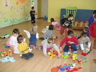 Peste 150 de copii din Nuşfalău învaţă într-o grădiniţă nouă