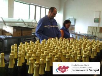 Turiştii pot gusta din secretele şampaniei de Şimleu
