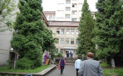 Spitalul Judeţean vrea să angajeze 17 specialişti