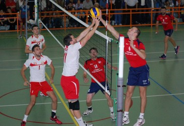 Phoenix Şimleu, debut cu stângul în campionat