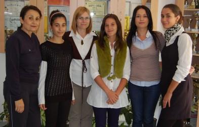 """Două eleve de la Şcoala Gimnazială """"Gheorghe Lazăr"""", alături de gloriile sportului românesc"""