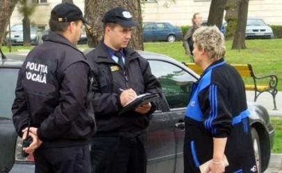 """Maşinele parcate pe interzis – """"atracţia"""" agenţilor locali zălăuani"""