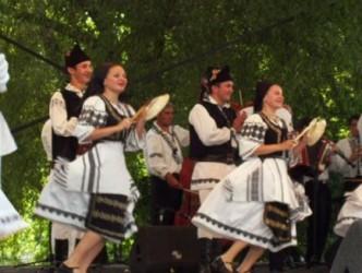 Folclor şi preparate tradiţionale, la Festivalul Minorităţilor