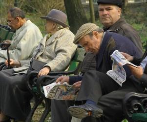 Pensionarii sălăjeni, îngropaţi în datorii