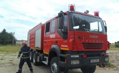 """Pompierii sălăjeni, """"racordaţi"""" la o autospecială de 460.000 de euro"""
