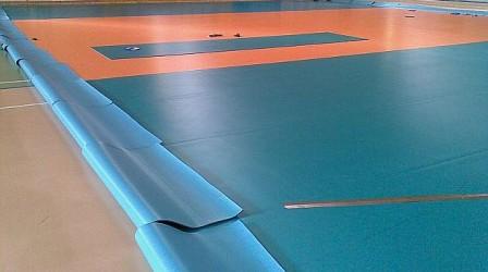 """Suprafaţa de joc din Sala Sporturilor trage handbalul sălăjean pe """"linie moartă"""""""