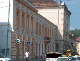 """O """"căruţă"""" cu bani pentru """"împrospătarea"""" clădirii Transilvania"""