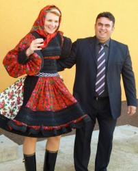 Andreea Vass ignoră, dar se judecă cu jurnaliştii sălăjeni