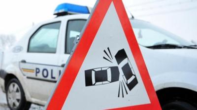 Neatenţi şi accidentaţi în trafic