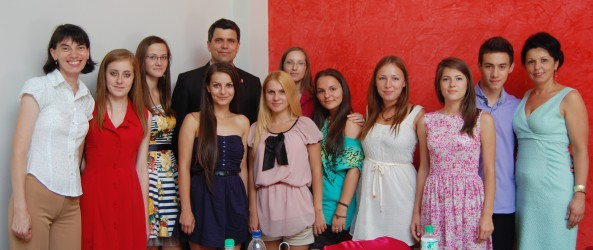 Consilierii locali ai tinerilor din cinci oraşe se întâlnesc la Zalău