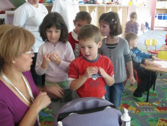 Micuţii de grădiniţă, educaţi pentru o viaţa sănătoasă
