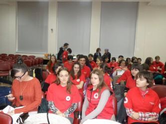 Curs interactiv cu voluntarii Crucii Roşii