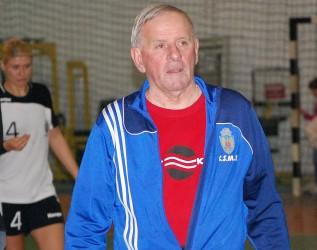 Vasile Mărgulescu dă de pământ cu Federaţia Română de Handbal