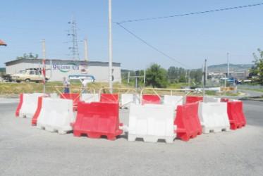 Sensul giratoriu din Dumbrava va fi amenajat abia la anu'