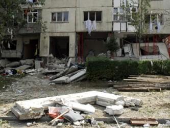Foştii locatari din E24 mai pot sta şase luni în locuinţele Primăriei Zalău