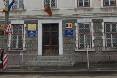 Sălăjeni acuzaţi că au înşelat zeci de români