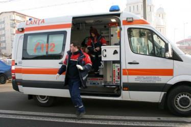 Toate ambulanţele din Sălaj au fost echipate cu anvelope de iarnă