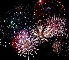 Anul Nou – întâmpinat cu artificii