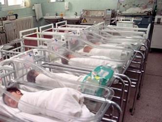 Trei bebeluşi s-au născut în 12.12.2012