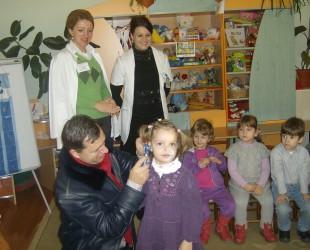 """Educaţie pentru sănătate cu Şcoala Postliceală Sanitară """"Christiana"""" Zalău"""