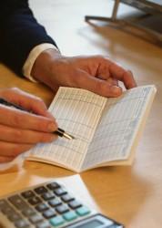 Vineri, termen limită pentru plăţile anticipate aferente trimestrului IV