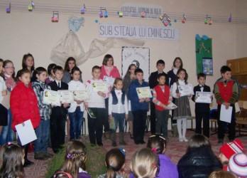 """Premii la Concursul judeţean de poezie """"Sub steaua lui Eminescu"""""""