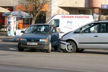Accident cu două victime la Vârşolţ