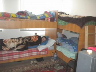 Frigul dublează numărul locurilor în Adăpostul de noapte