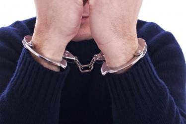 """""""Ţeparii"""" de pe okazii.ro rămân în arest"""