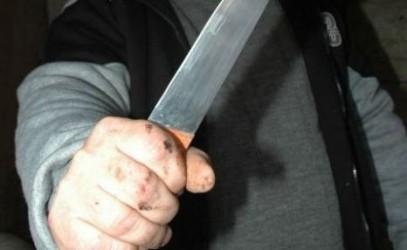 După ce şi-a înjunghiat un prieten care-l colinda, criminalul din Bodia a fost trimis în judecată