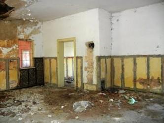 Primăria Nuşfalău vrea să salveze gara de la demolare