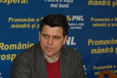 Liberalii sălăjeni fac zid în jurul lui Crin Antonescu
