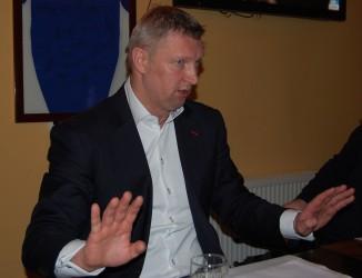 """""""Nu puteam fi de acord cu înjumătăţirea salariului"""", spune Mariusz Sordyl"""