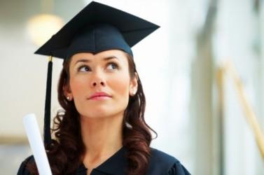 Doar trei slujbe pentru absolvenţii de facultate