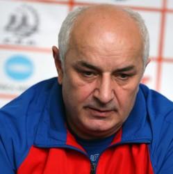 """Tadici infirmă zvonurile: """"Cu mine nu a vorbit nimeni despre venirea Gabrielei Szucs la naţională"""""""
