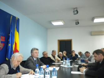 Reorganizarea comisiei judeţene, punctul de plecare în şedinţa de azi