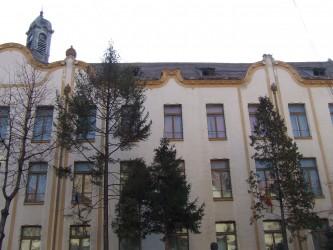 """Declarată monument istoric, Clădirea Colegiului Naţional """"Silvania"""" Zalău se deteriorează sub ochii autorităţilor"""